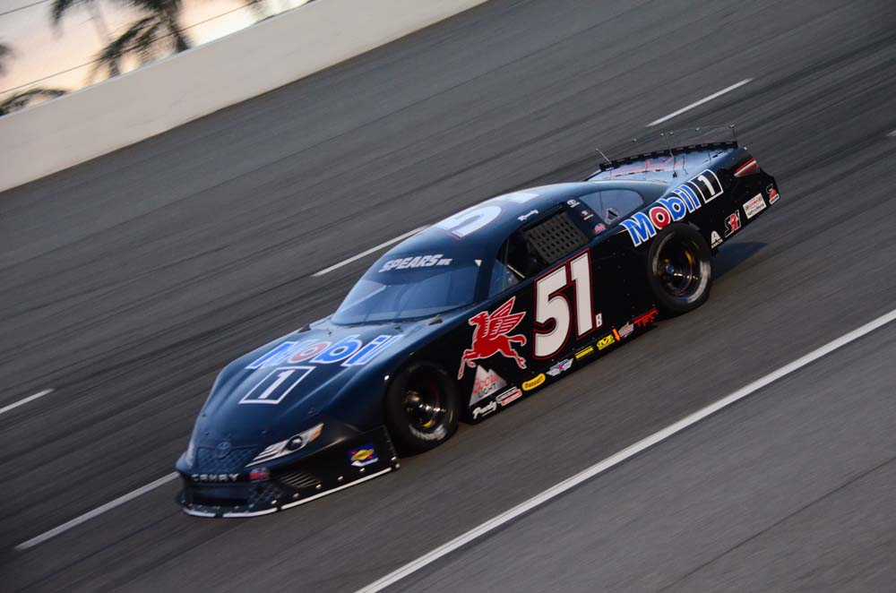 Kyle Busch Motorsports >> Kyle Busch Motorsports Inks Deal With Chandler Smith Short Track Scene