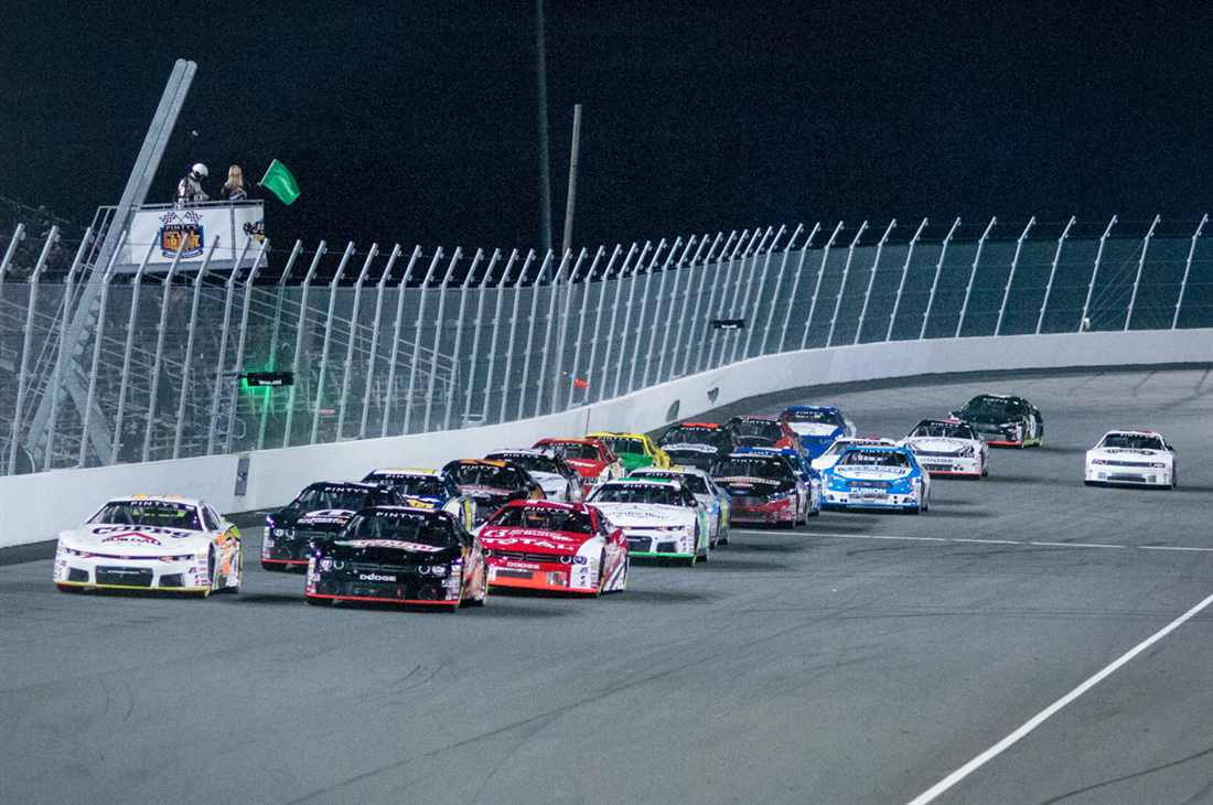 Nascar Pinty S Series Reveals Diverse 13 Race Schedule Short Track